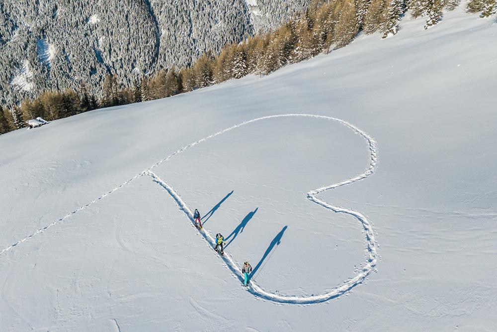 schneeschuhwandern-escursioni-racchette-neve-bauernhof-kronplatz-agriturismo