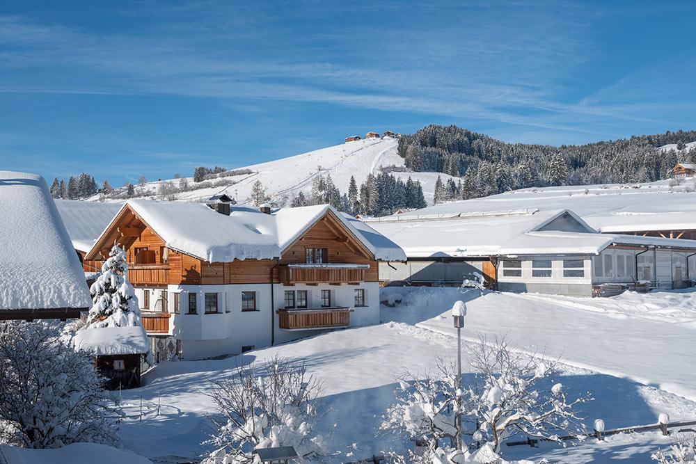 skiurlaub-bauernhof-kronplatz-vacanze-sciistiche-agriturismo